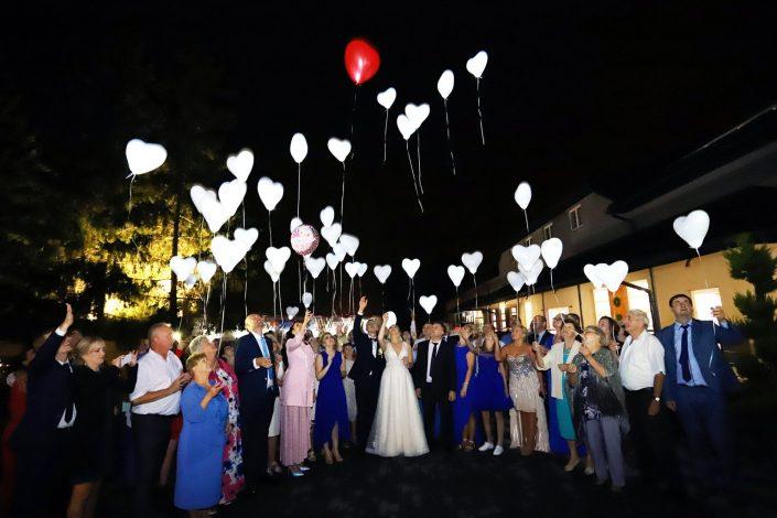 Balony nocą